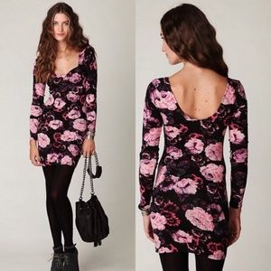 ◾️Free People Long Sleeved Floral BodyCon Dress